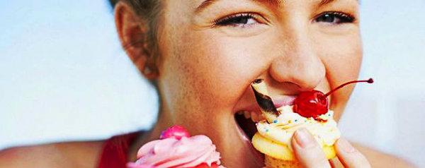 Mantenha o seu desejo de comer doce, coma sempre uma fruta no lugar.