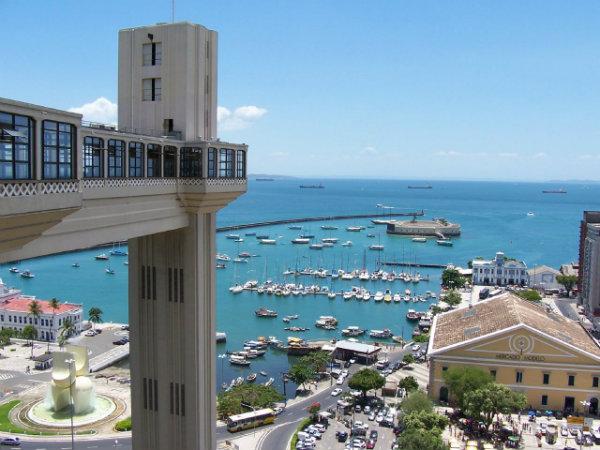 Elevador Lacerda, mercado modelo, são apenas um dos pontos turísticos de Salvador.