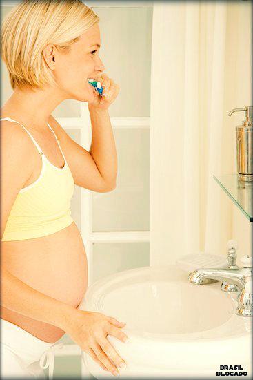 Dicas para tratar a gengivite na gravidez