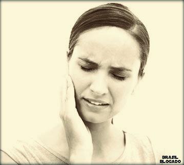 Mastigação errada causa dor de cabeça