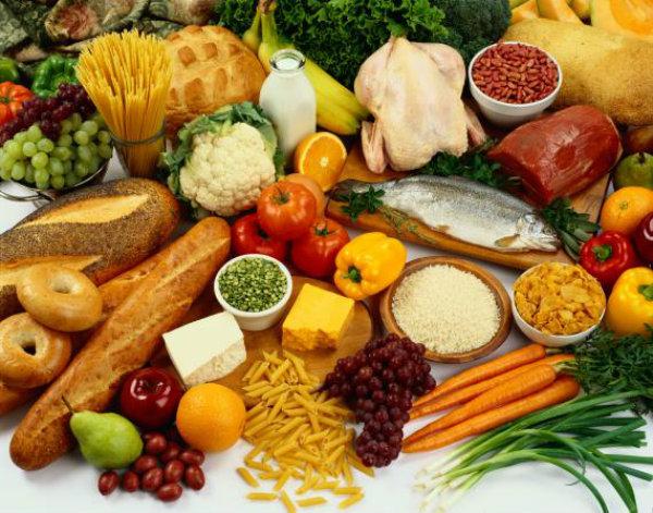 Prefira sempre as frutas, legumes e verduras, do que as comidas, que apenas, lhe acrescentaram, maus hábitos e doenças.