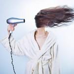 Como tratar cabelos oleosos