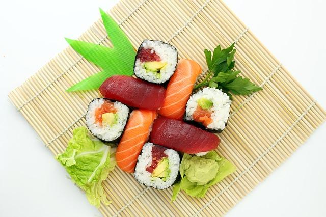 A comida japonesa é extremamente saudável.
