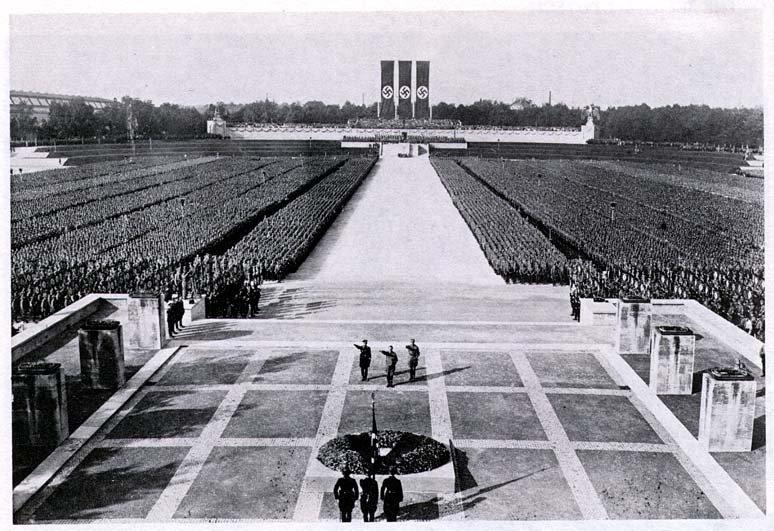 Antigamente eles torturavam os seus opositores nos campos de concentração, ainda mas quando se tratava de um campo nazista.