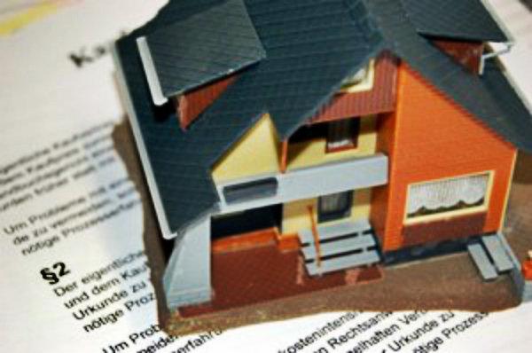 Reúna todos os documentos necessários,para poder fazer a confirmação do possível locatário.