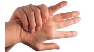 Dores nas articulações dos dedos