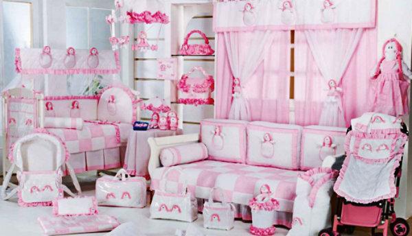 No quarto da menina, tente usar coisas mais delicadas e suaves, pois assim, conforme ela for mudando e crescendo, voc~e pode o modificar também.