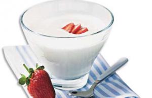 Saiba escolher o iogurte e também os de mais alimentos que podem ser misturado com ele.