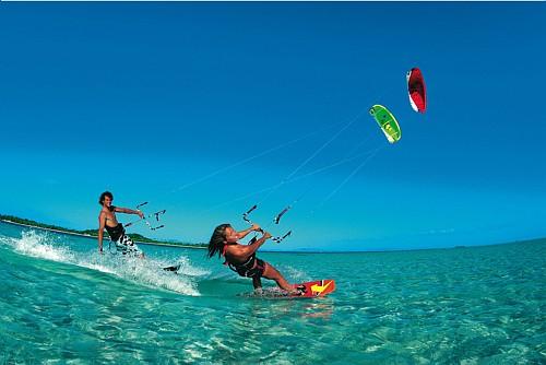 A modalidade pode ser praticada no mar, rio e lagoa.
