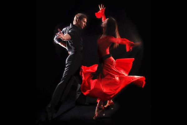 Poucos conseguem chegar a perfeição de seu ritmo na dança.