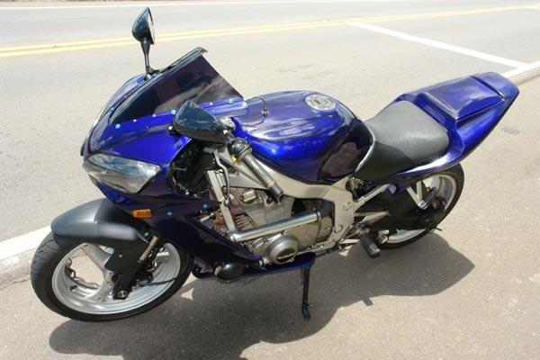 Maiores informações sobre a moto, pode estar sendo encontrada no site oficial da motonline.