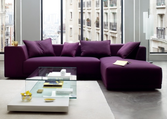 O roxo em uma decoração normalmente é caracterizado como uma cor totalmente energética