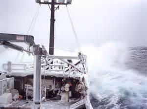 Se o navio congela, imagine só os pescadores, que ficam molhados o tempo inteiro.