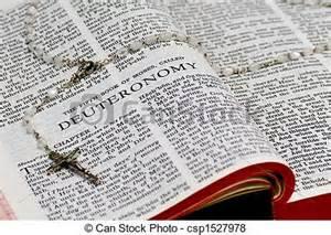 Preste atenção no que esta lendo, sinta Deus dentro de você e o deixe permanecer, para que possa fazer a sua obra e te fazer justo, de seus ganhos.